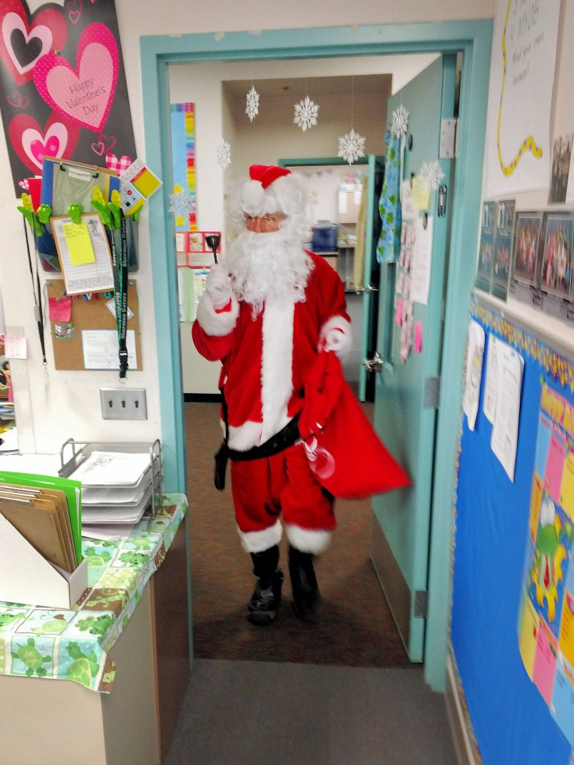 "Enters Nurse ""Santa"" much Getting ""Much"" of the Children Santa Enters 72 Final OP"